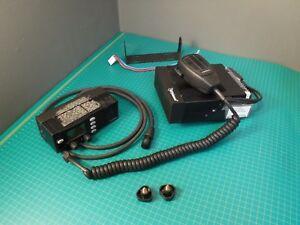 EF JOHNSON 242-9890-403 remote head two way radio w/acc 900 Mhz ? VHF UHF  ham