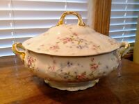 THEODORE HAVILAND LIMOGES PATENT APPLIED FOR ROSES/GOLD TRIM COVERED SOUP TUREEN