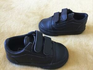 GREAT CONDITION BABY UNISEX VANS LEATHER TRAINERS SIZE INFANT 4