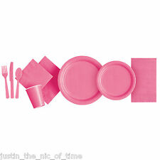 18cm Hot Pink Party Plates Pack of 20 1