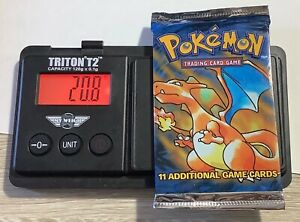 POKEMON Base Set English Booster Pack New and Sealed Charizard Art 20.8 g