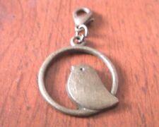 charms oiseau dans rond 22x22 mm couleur bronze