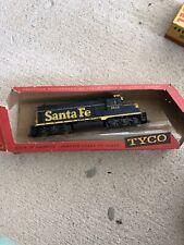 Vintage Model train - SANTA FE 5628 TYCO Engine