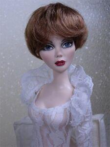 Monique Wig BEBE Size 6-7 Auburn fits Ellowyne Volks Evangeline Unoa