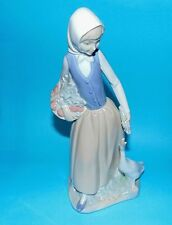 "NAO BY LLADRO Figurina ""bambina con oca"" 1ST 9.5 "" 1a qualità"