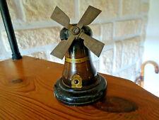 Petit moulin Ypres en bois et métal ht 8,5 diam. 7 cm bon état