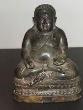 ancien bouddha en médition, bouddha en fonte chine du XIXeme