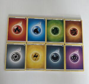 Cartes Pokemon FR Lot 160 Energie 20 de chaque couleur toutes éditions confondus