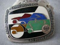 massive, emaillierte Plakette ADAC ZIELFAHRT FRANKFURT IAA 1961 Club Car Badge