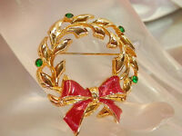 Holiday Vintage 1970s Signed AAi Enamel & Gold Tone Christmas Wreath Brooch 183S