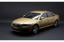 1:18 Kyosho Audi A8 D3 W12 6.0 Oro / Beige #09212V Rareza