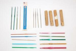 Lot of 21 Vintage Crochet Hook Needles Bonus 5 Wood Grips Multiple Sizes Boye