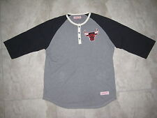 Mitchell and & Ness NBA Chicago Bulls Black Gray Henley 3/4 Shirt USED 2XL XXL