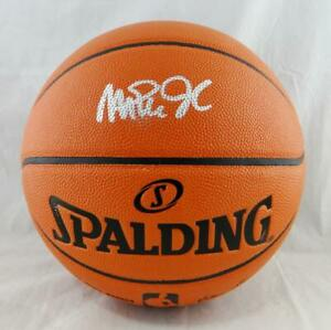 Magic Johnson Autographed Official NBA Spalding Basketball- Beckett W *Silver