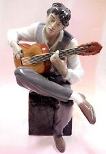 Flamenco Feeling Male Musician Playing Guitar 2016 Porcelain By Lladro #9214