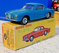 Sublime rare Vraie Dinky toys Alfa Romeo 1900 Sprint 24J 527 roues concaves + BO