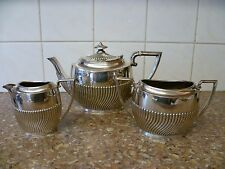 A VINTAGE,THREE PIECE SILVER PLATED TEA SET 'ROBERT PRINGLE & SONS' EPNS TEA SET