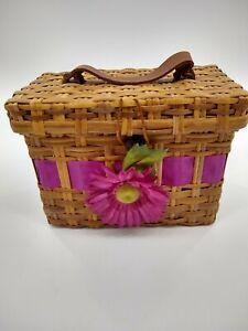 BASKET - WOOD WEAVED BASKET / HANDLE flower pink wicker