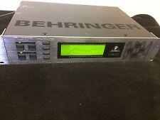 Behringer DSP 8024 Ultra Curve PRO Digital 24-bit Graphic Equalizer