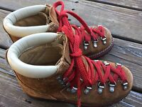 Vtg USA Sz 5 Suede Leather Hiking Boots Mountaineering VIBRAM Women's Girls