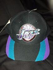 Vintage 90s NBA UTAH JAZZ Snapback CAP Black Throwback MOUNTAIN Hat Logo Tag