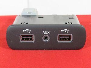 RAM 1500 2500 3500 HDMI USB & AUX MEDIA HUB NEW OEM MOPAR