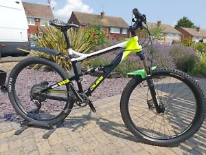Calibre Bossnut V1 Full Suspension Mountain Bike Size Large with Spares