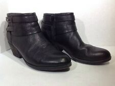 Clarks Women's Size 8 Spye Comet Black Leather Zip Fashion Ankle Boots ZH-1228