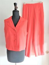 DONNA MORGAN PANTSUIT  SIZE 12  100% SILK  RED