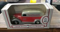 ERTL 1938 Panel Truck Bank Ben Franklin 6th Edition Rubber tires Brand New 1:25