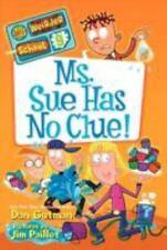My Weirder School #9: Ms. Sue Has No Clue!-ExLibrary