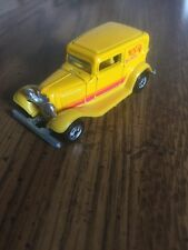 HOT WHEELS BW MAL YELLOW 1988 '32 FORD DELIVERY MINT