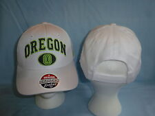 OREGON DUCKS Snapback CAP/HAT  ZEPHYR  One Size Fits All   NWT  $20 retail white