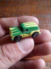 micro machines voiture ancienne Vert et jaune