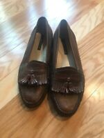 FLORSHEIM MEN'S ALL LEATHER SHOES SIZE 10/D/ BURGUNDY SLIPON MADE IN INDIA