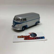 Volkswagen T2 Panel Bus * Greenlight LOOSE 1:64 Diorama * F262