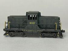Z Scale GE 44 Ton Locomotive, Pennsylvania, Motorized, Analog, LED light