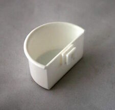 6 x CLIP ON WHITE PLASTIC POTS - D CUP - FOR CAGE FRONT - R. BUDDS