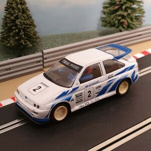 Scalextric 1:32 Car - White Ford Escort RS Cosworth #2 *LIGHTS* #A