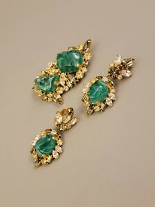 RARE Signed HOBE Vtg Set Brooch Clips Earrings Green Molded Glass Clear Crystal