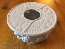 'Gerold Porzellan' of Bavaria White Fruit & Grape clusters Pot Warmer (Stovchen)