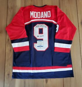 Mike Modano USA Signed Autographed Jersey COA BAS Beckett #WB06379