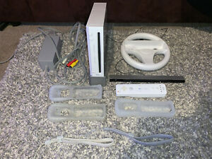 Nintendo Wii RVL-001 Console - White