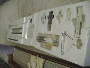 SILVER REED KNITTING MACHINE 150