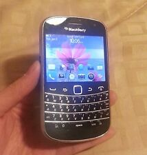 BLACKBERRY BOLD 9900 (BLACK) UNLOCKED + ON SALE ---!!!