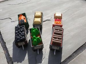 Thomas Trackmaster Troublesome trucks & cargo bundle x 16 items. RARE