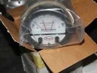 DWYER PHOTOHELIC PRESSURE SWITCH GAGE SERIES 3000 25 PSIG 220V SCALE NW1