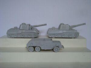 Marx Desert Fox /  2 Original German Tanks & 1 Halftrack / Light Gray ( A )