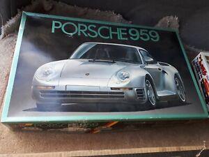Porsche 959 Model Kit Car Fujimi 1/16th Scale