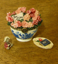Boyds Treasure Boxes  #82530 Bearlove's Flower Bouquet, NEW from Retail Store